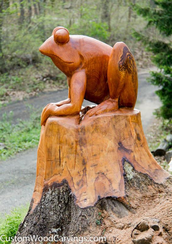 Frog carving in red oak stump custom sculpture sign